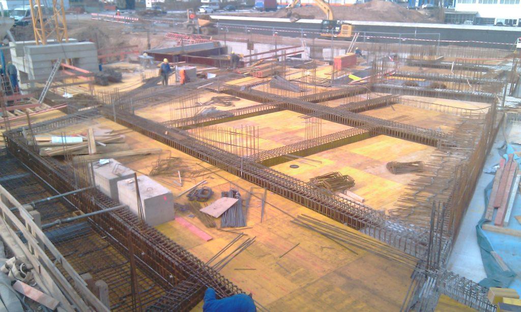 Die Deckenfläche KG neben Innenhof im Bauteil A