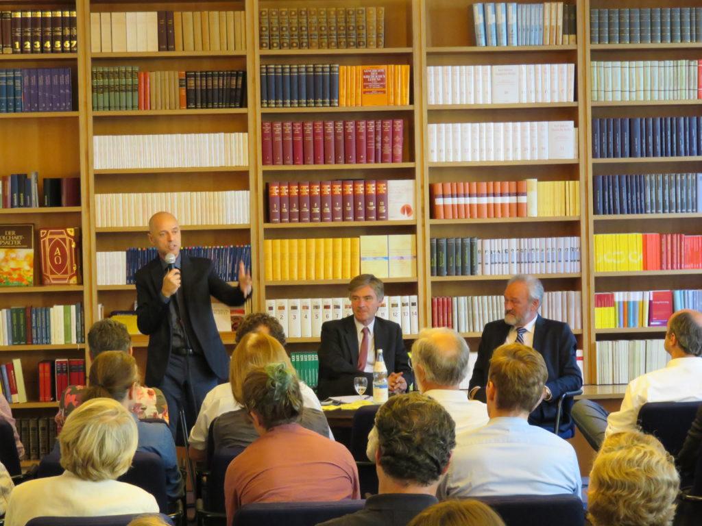 from left to right: Wolfgang Frey, Matern von Marschall and Dr. Karl-Friedrich Ziegahn