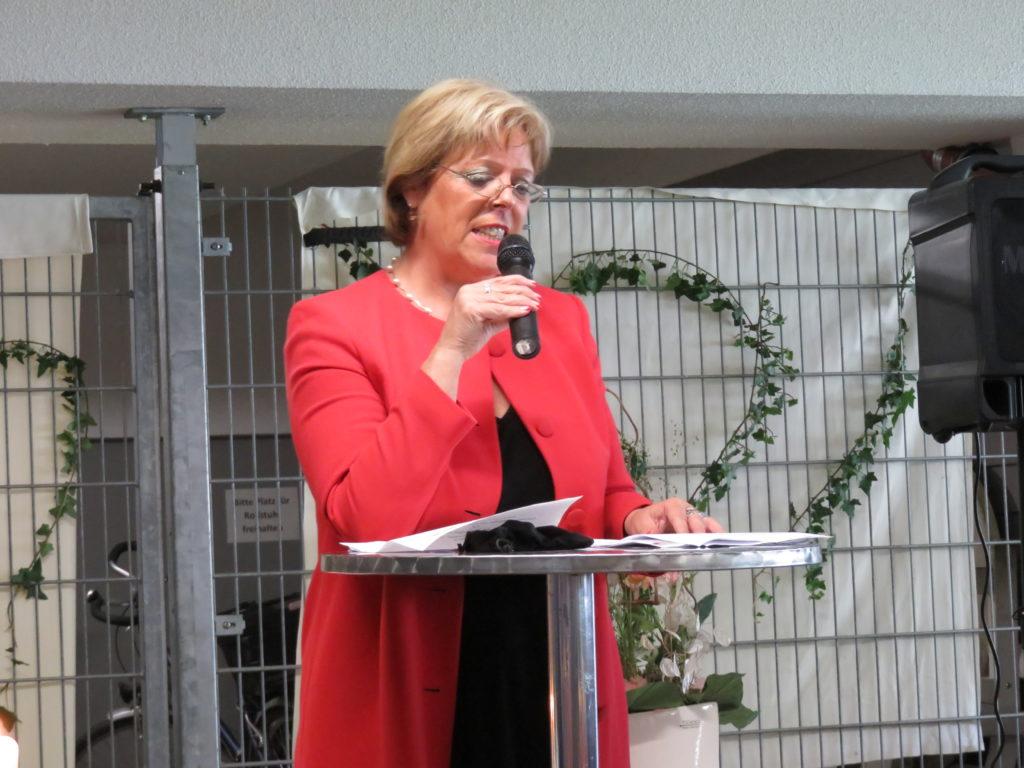 Rede von Frau Wölfe, Landesvorsitzende des Arbeiter-Samariter-Bundes