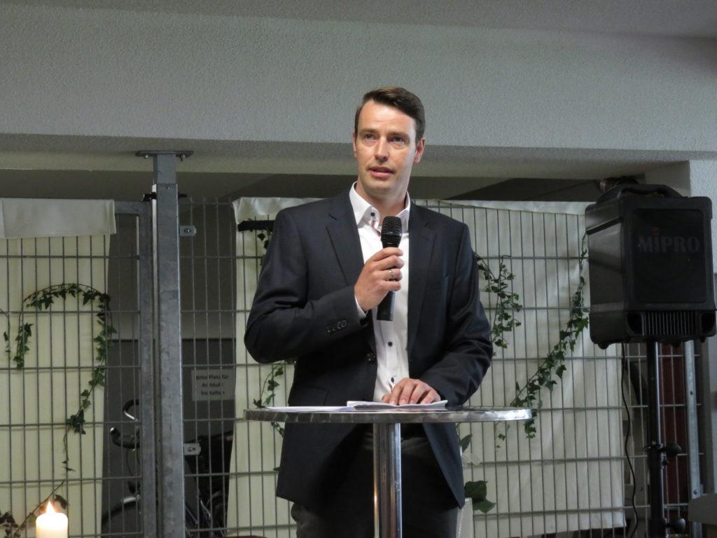 Rede von Herr Beckmann, Einrichtungsleitung von Haus Johannes